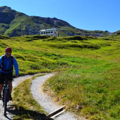 (E)Bike and Hike im Gschnitztal