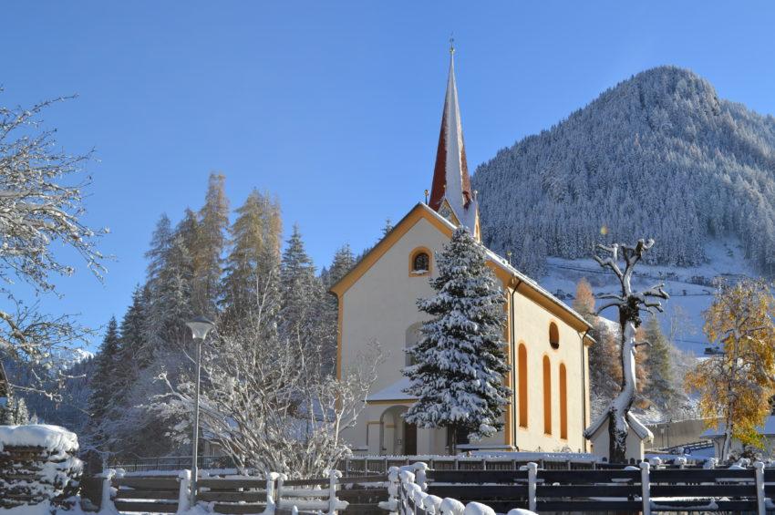 Kirche_St.Jodok_Bergsteigerdorf_Wipptal