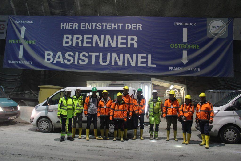 Erinnerungsfoto Gruppe Tunnelwelten Premium