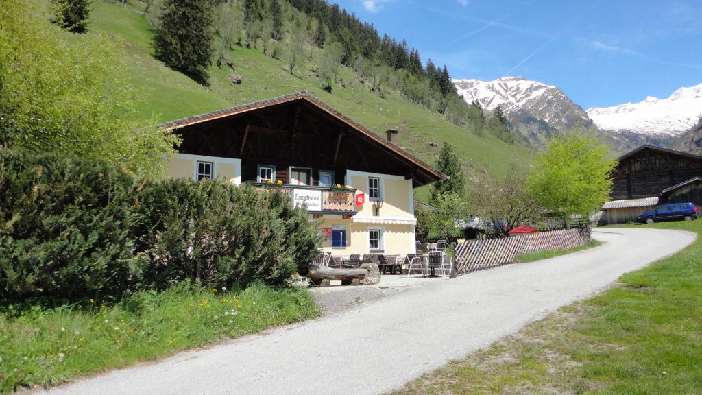 Touristenrast im Valsertal