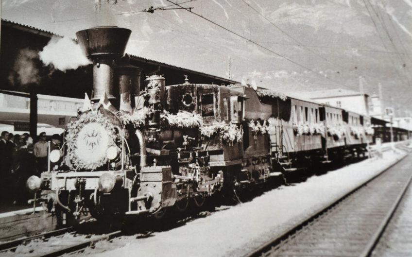 Dampflok zum 100-jährigen Jubiläum Brennerbahn