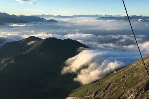 Föhnwolke über dem Portjoch in Obernberg